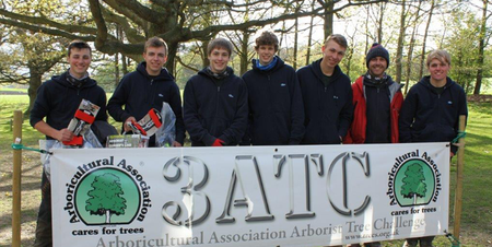 Plumpton College Students Tree Climbing success